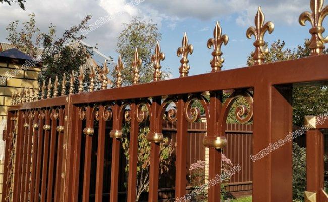 Кованые ворота с пиками. Вербилки.