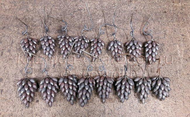 Сортировка виноградных гроздей для перил кованых