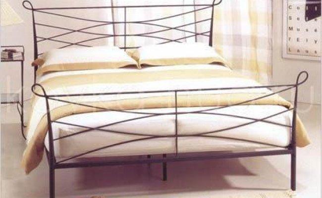 Классическая кровать кованая kkk-0601
