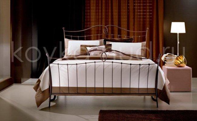 Классическая кровать кованая kkk-0603