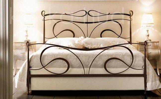 Классическая кровать кованая kkk-0606