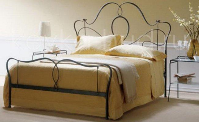 Классическая кровать кованая kkk-0608