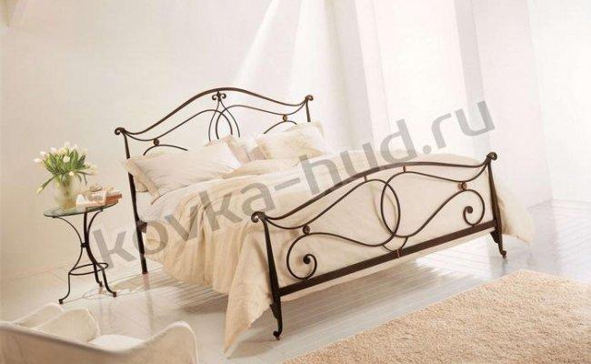 Классическая кровать кованая kkk-0620