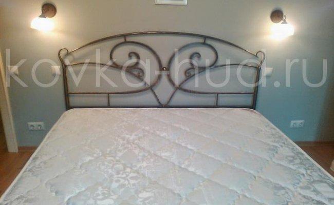 Классическая кровать кованая kkk-0622