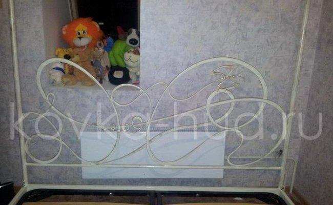 Кровать с балдахином кованая kkb-0711