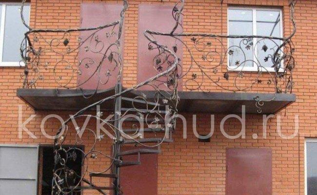 Лестница кованая kl-09