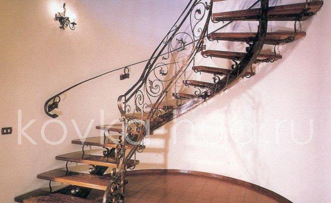 Лестница кованая kl-13