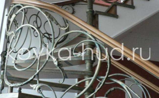 Лестница кованая kl-22