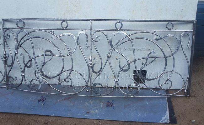 Готовые кованые перила для лестницы