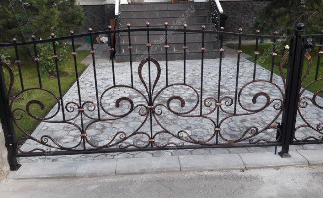 Кованые ворота маленькие
