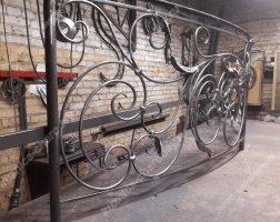 Кованый балкон bn-08