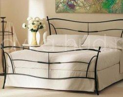 Классическая кровать кованая kkk-0604