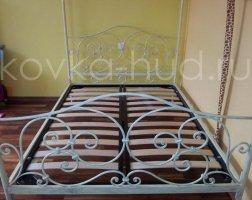 Кровать с балдахином кованая kkb-0710