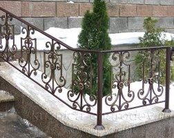 Уличные кованые перила для лестниц коричневые