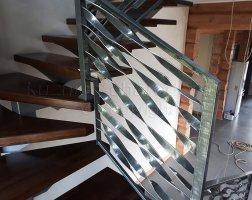 Перила кованые из металлической полосы