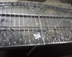 Зачистка кованых ворот