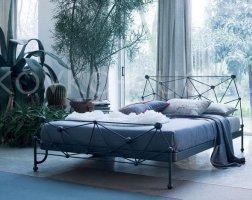 Роскошная кровать кованая rk-0915