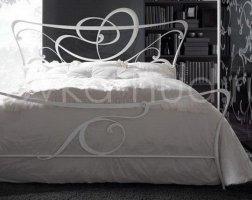 Роскошная кровать кованая rk-0932