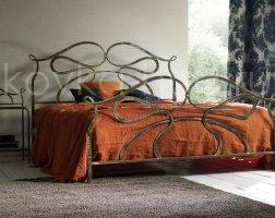 Роскошная кровать кованая rk-0933