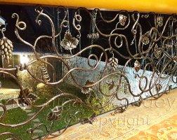 Виноградная лоза - кованые перила и поручни