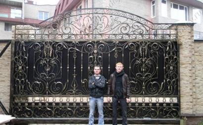 Ворота кованые откатные от кузницы Чародей