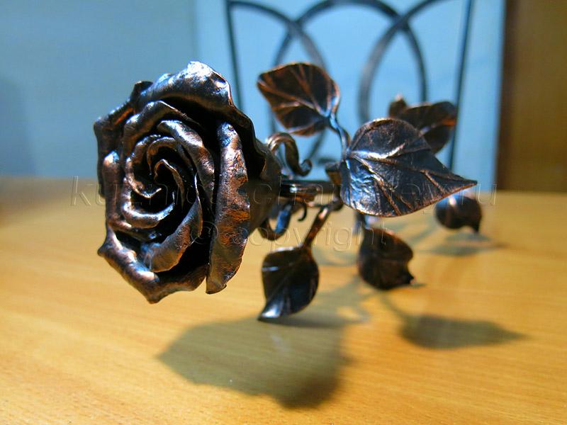 очень кованые розы фото смотреть этому празднику