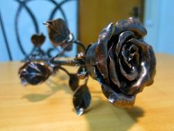 Кованая роза медная 2
