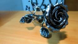 Кованая роза серебро 2
